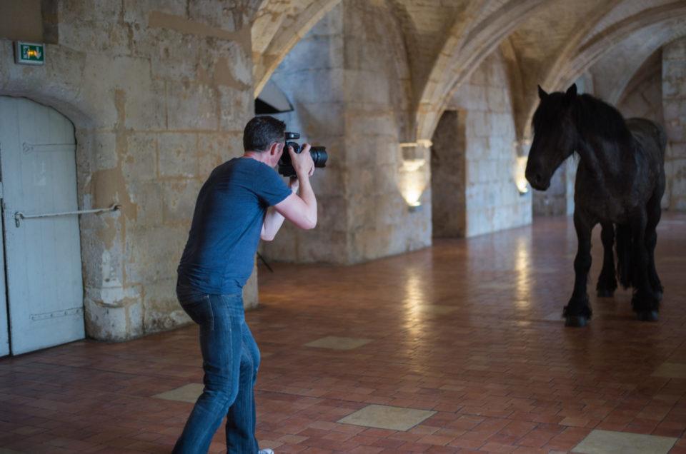 chateau-royal-cognac-coulisse-force-tranquille-angelique-grip-photographe-cognac-