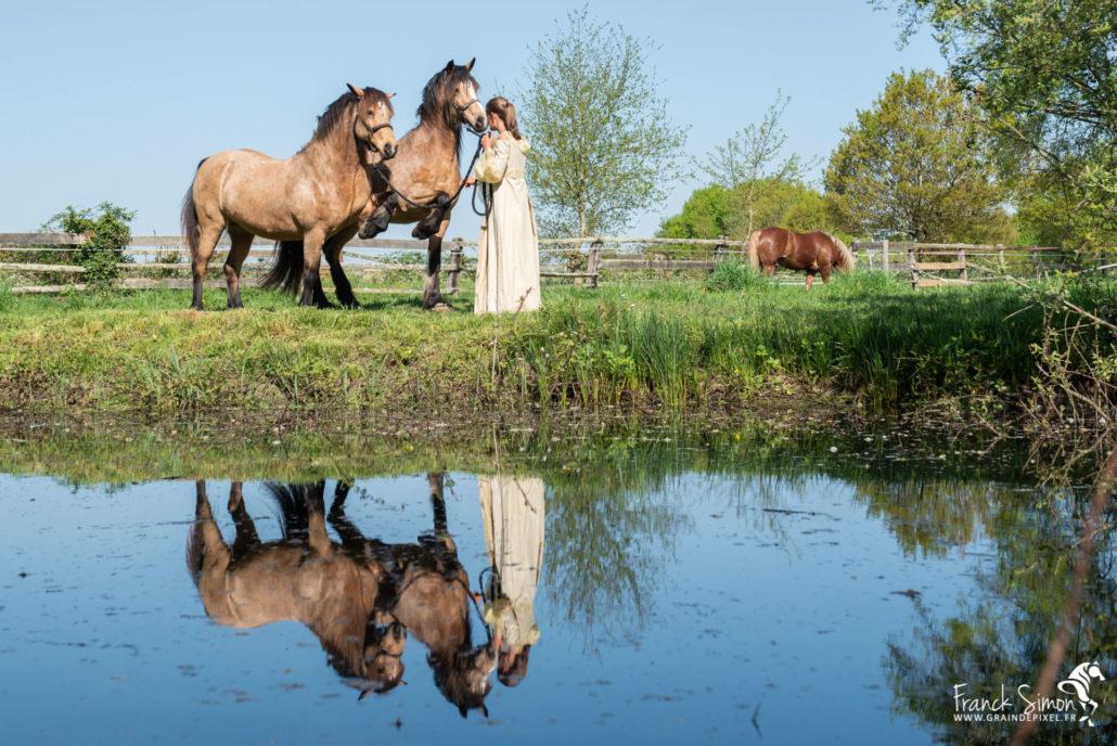 aurore-market-ecurie-de-mark-séance-photo-poney-franck-simon-grain-de-pixel-photographe-equestre-2