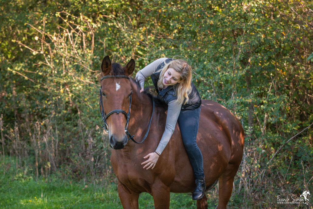 elise-séance-cavalier-ferme-equestre-flamenac-franck-simon-photographe-équestre-et-animalier-charente-2